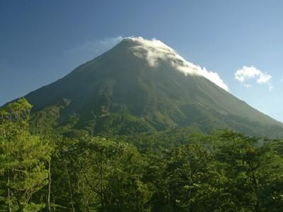 AUTH - Costa Rica - Arenal volcano