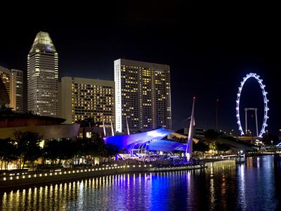 Auth - Singapore - City Skyline