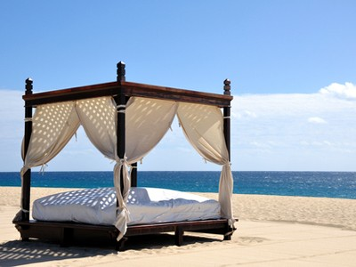 http://www.dreamstime.com/stock-photography-beach-bed-image12144962
