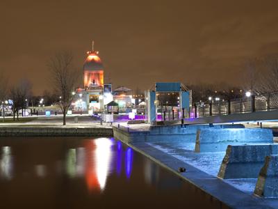 AUTH-Canada-Quebec-City-at-Night