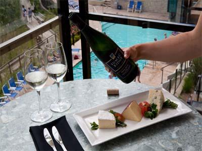 AUTH - Sumerland Waterfront Resort - wine cheese
