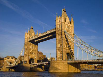 AUTH - England - London - Tower Bridge