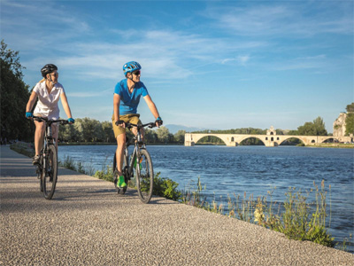AUTH - Intrepid - Cycle Danube